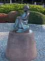 Little girl with red shoes statue yokohama.jpg