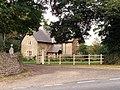 Lodge, Hunciecroft - geograph.org.uk - 556889.jpg