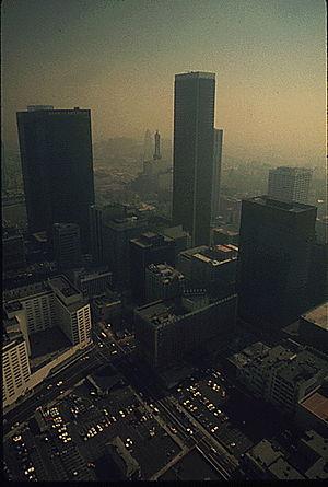 DOCUMERICA - Heavy smog in Los Angeles, 1973.