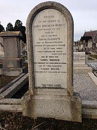 Louie Bennett headstone.jpg