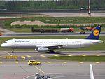 Lufthansa Airbus A321-131 D-AIRK at HEL 05JUN2015.JPG