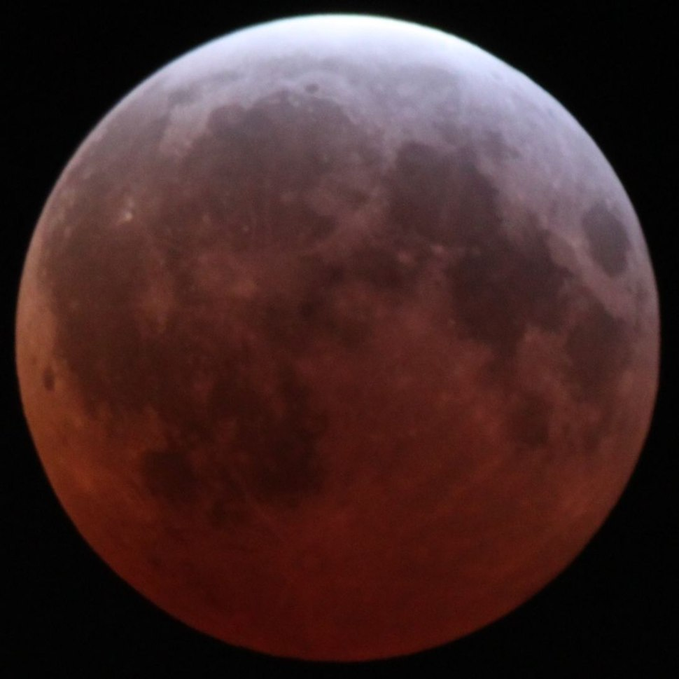 Lunar eclipse April 4 2015 greatest Alfredo Garcia Jr LA