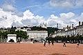 Lyon, Place Bellecour, hinten Notre-Dame de Fourvière (19.) (41794498755).jpg