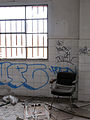 Más sillas (414680435).jpg