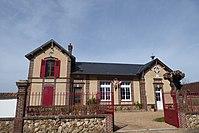 Mairie-école Torçay Eure-et-Loir France.jpg