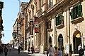 Malta - Valletta - Triq ir-Repubblika + Auberge de Provence 02 ies.jpg