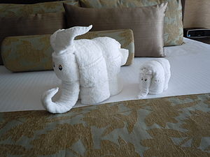 English: Mother and baby elephant towel animal...