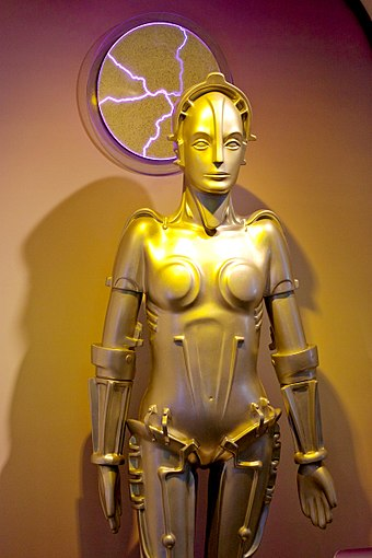 The Maschinenmensch from the 1927 film Metropolis Maria from the film Metropolis, on display at the Robot Hall of Fame.jpg