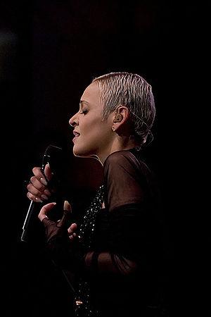 Mariza - Mariza performing in 2008