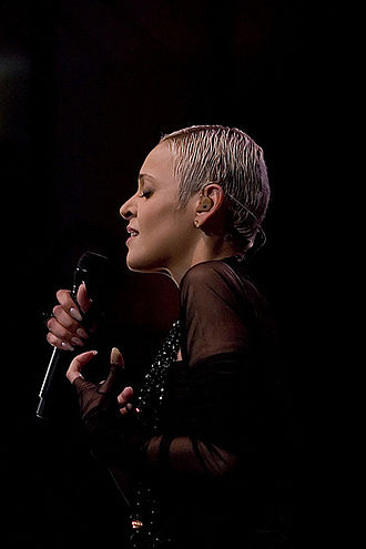 Mariza - Mariza performing in 2008