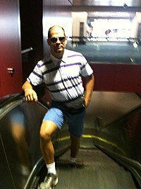 Matt Wiman on escalator.jpg