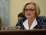 McCaskill Takes Aim at Diet Scams That Are 'A Crisis in Consumer Protection' 08 (cropped to McCaskill).jpg