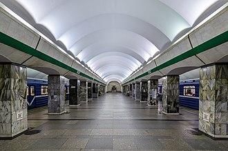 Primorskaya (Saint Petersburg Metro) - Station Hall