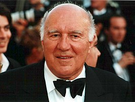 Michel Piccoli in Cannes in 2000