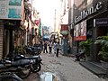 Middle lane, Khan Market, New Delhi.jpg