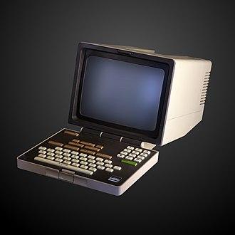 Minitel - 1985 TELIC-1 Alcatel Minitel terminal with non-AZERTY keyboard