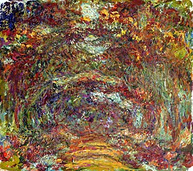 The rose-way in Giverny