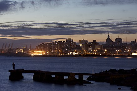 Montevideo skyline at night. Montevideo Uruguay.jpg