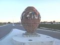 Monumento al tamboril en su nueva ubicación setiembre 2014.jpg