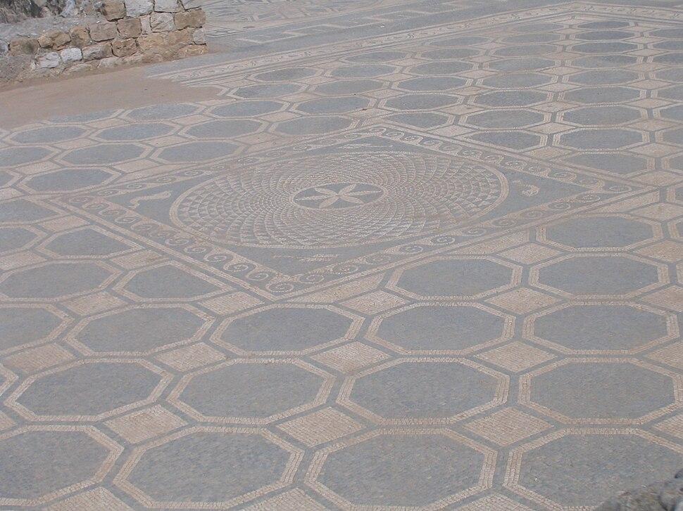 Mosaic - Empúries (Domus) 2005-03-27