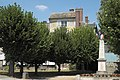 Neauphle-le-Vieux Monument 766.jpg