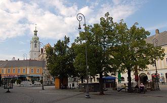 Neunkirchen, Austria - Image: Neunkirchen noe Hauptplatz