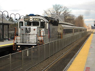 NJ Transit Rail Operations - Image: New Jersey Transit train 5427 enters Plainfield