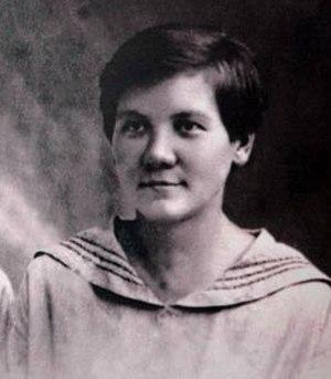 Nina Petrovna Khrushcheva - Nina Khrushcheva, 1924