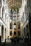 Norwich Cathedral (Holy Trinity) (18311382412).jpg