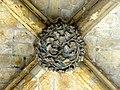 Noyon (60), cathédrale Notre-Dame, cloître, galerie ouest, clé de voûte (exemple).jpg