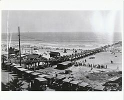 Oceanside Pier in 1920.