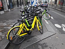 Ofo bicycle in Paris.jpg
