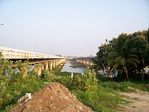 Bhavani, Tamil Nadu - Old and new bridges on NH 47 over Kaveri river