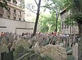 Old Jewish Cemetery, Prague 041.jpg