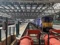 On platform of Glasgow Central Station 03.jpg