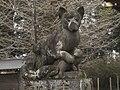 Onabake-jinja Kitsune statue1 left.jpg