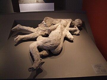 Opfer in Pompeji.JPG