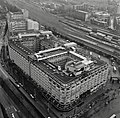 Overzicht groothandelsgebouw vanuit de lucht - Rotterdam - 20332792 - RCE.jpg