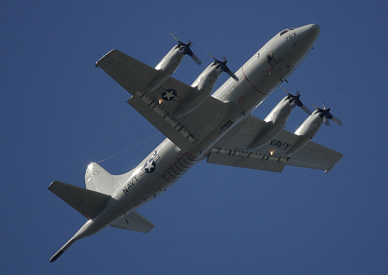 File:P-3 Orion underside view 20080614.jpg