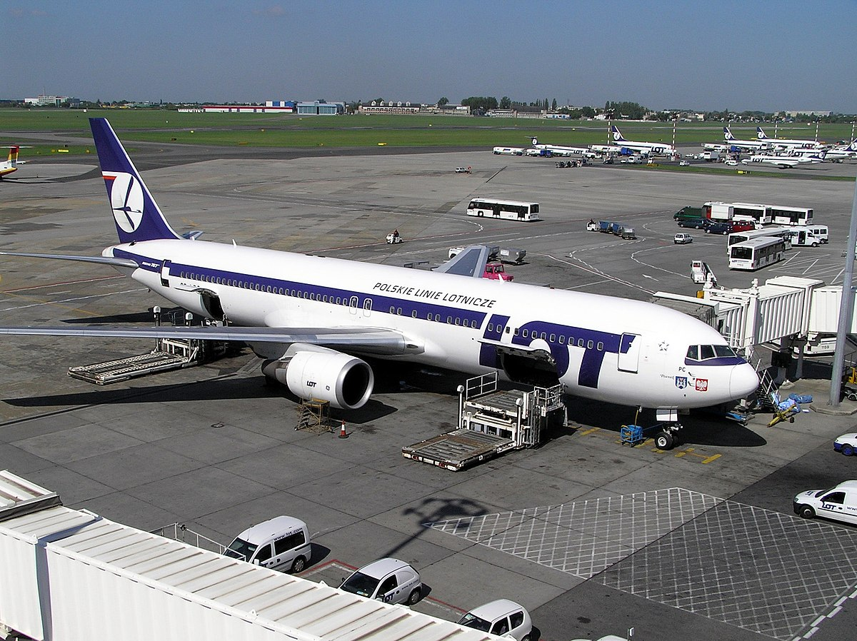 lot polish airlines flight 16 wikipedia