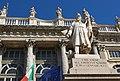 Palazzo Madama monumento al soldato sardo.jpg