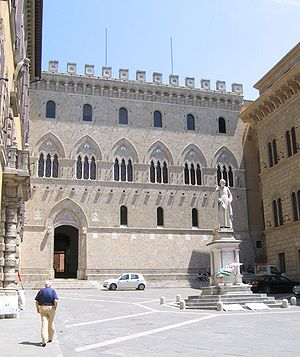 Palazzo Salimbeni the headquarters, in piazza ...
