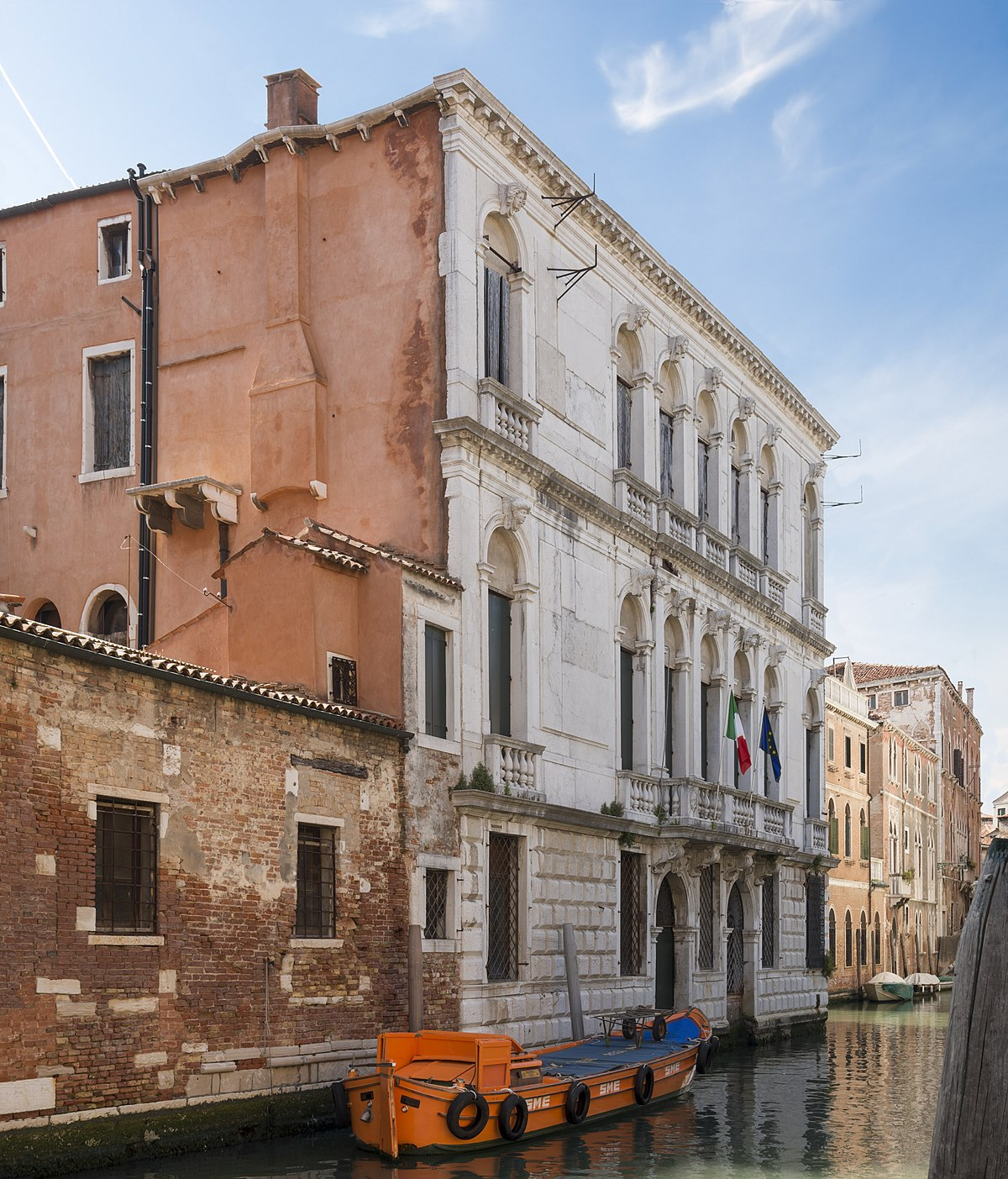 Palazzo zane collalto wikipedia for Palazzo 24