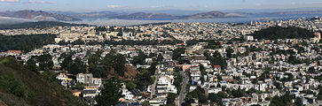 Pano of Golden Gate Bridge and San Francisco from Twin Peaks 1.jpg