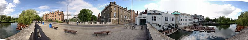 Panoramic view of Cambridge.jpg