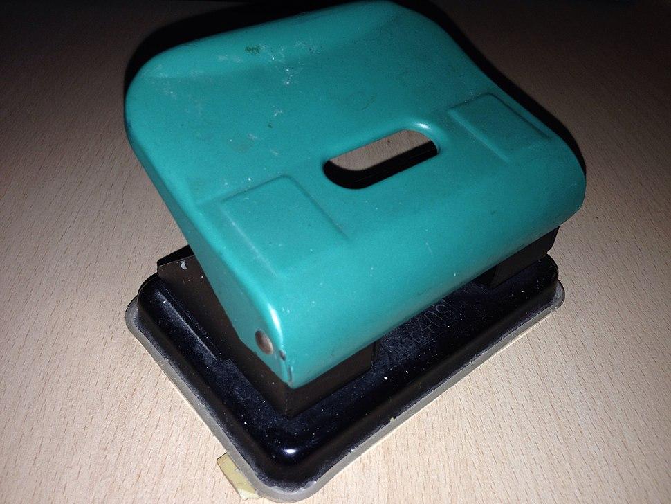 Paper perforator