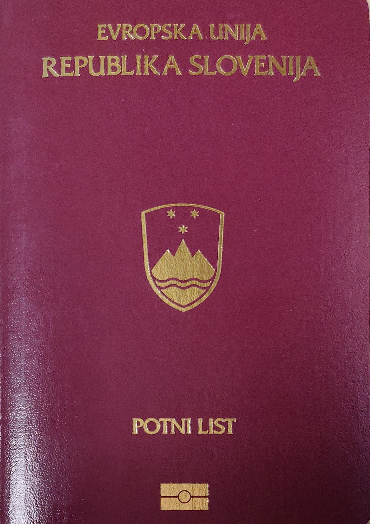 Passports of the European Union - Wikipedia
