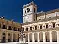 Patío del monasterio de Uclés.jpg