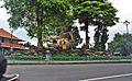 Patung Bayi Batubulan (26514705202).jpg