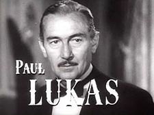 Paul Lukas in Experiment Perilous trailer.JPG
